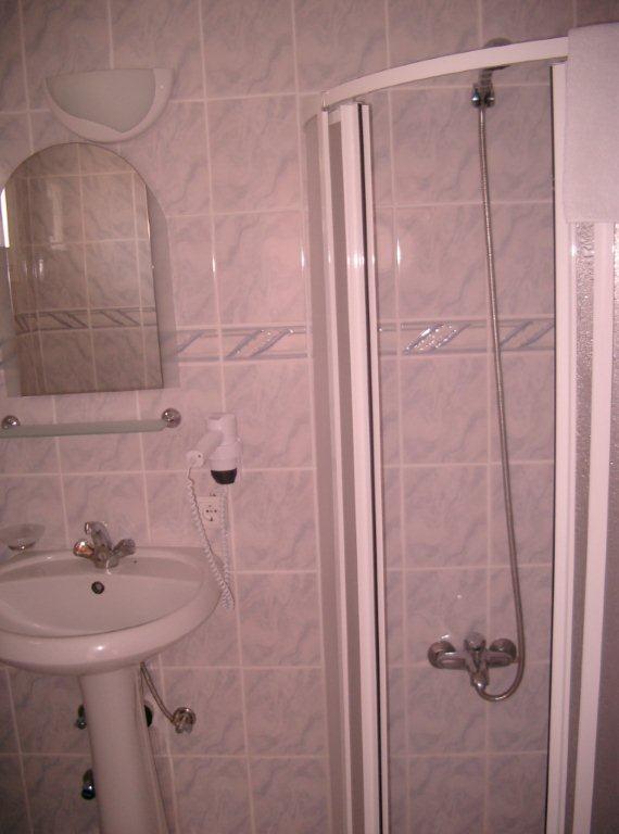 Letovanje Turska autobusom, Kusadasi, Hotel Grand Nett,kupatilo