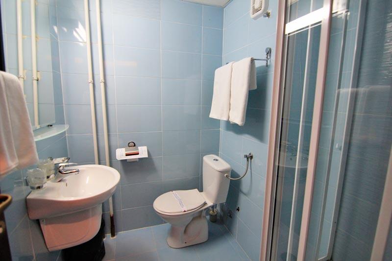 Tara, zimovanje, smeštaj, hotel Beli Bor, kupatilo