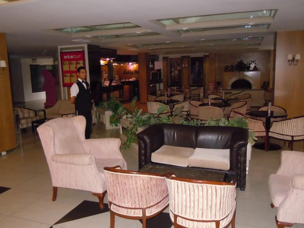 Letovanje Turska autobusom, Sarimsakli, Hotel Buyuk Berk,bar u hotelu