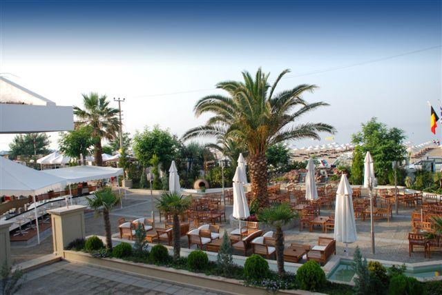 Letovanje Turska autobusom, Sarimsakli, Hotel Buyuk Berk,restoran spolja