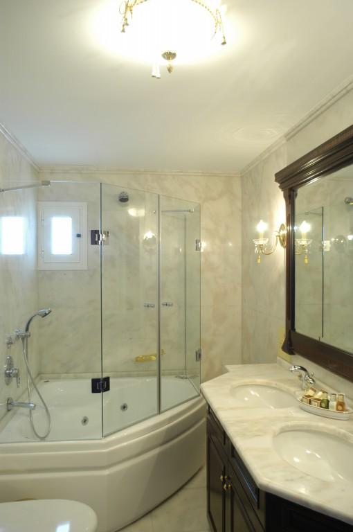 Grcka hoteli letovanje, Santa Wellness, kupatilo