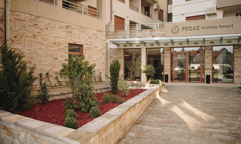Banje,Vrnjačka Banja, smeštaj, Hotel Pegaz Holiday Resort, ulaz