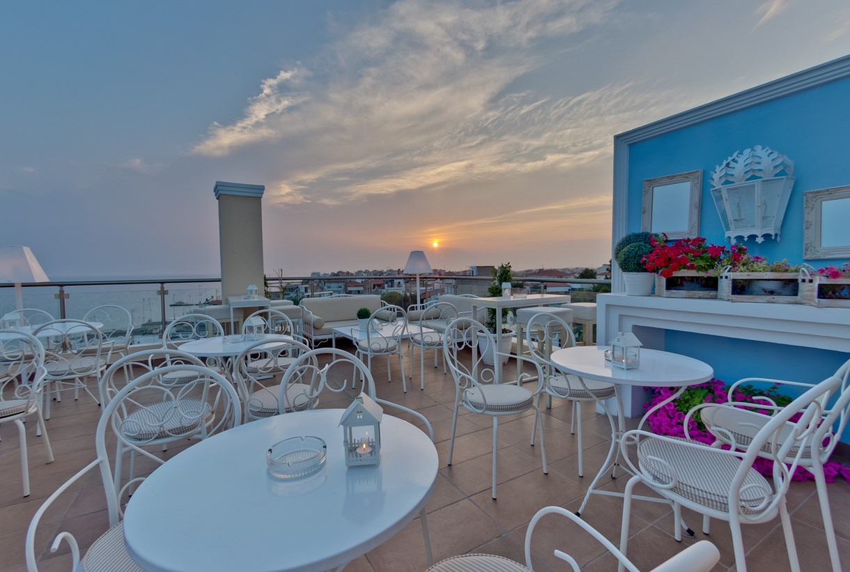 Grcka hoteli letovanje, Halkidiki, Nea Kalikratija,Secret Paradise&Spa,bar
