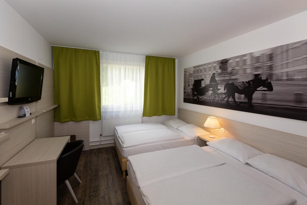 Putovanje Beč, evropski gradovi, hotel Life hotel Viena Airport, ulaz u sobu