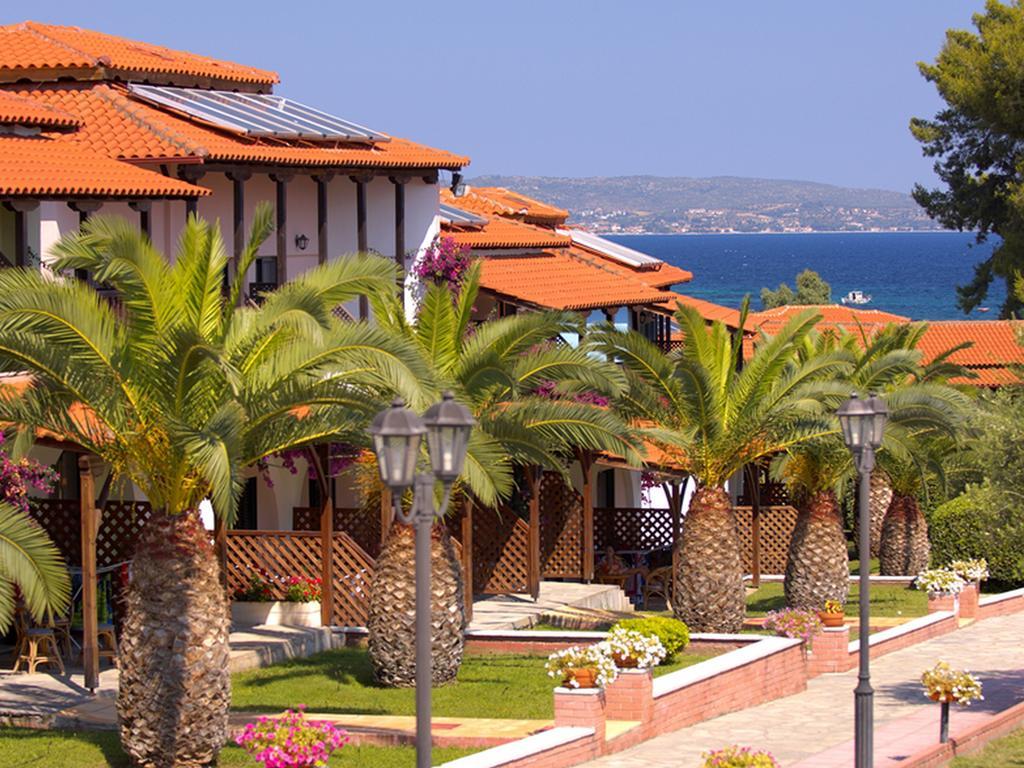 Grcka hoteli letovanje, Halkidiki,Metamorfosi,Blue Dolphin,spoljašnji izgled