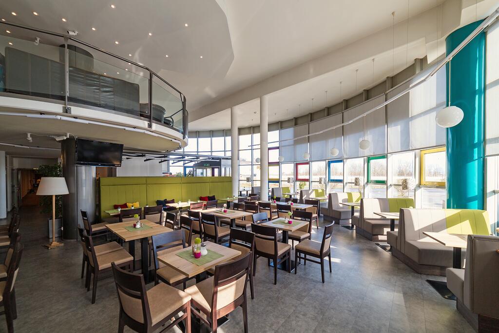 Putovanje Beč, evropski gradovi, hotel Life hotel Viena Airport, izgled restorana