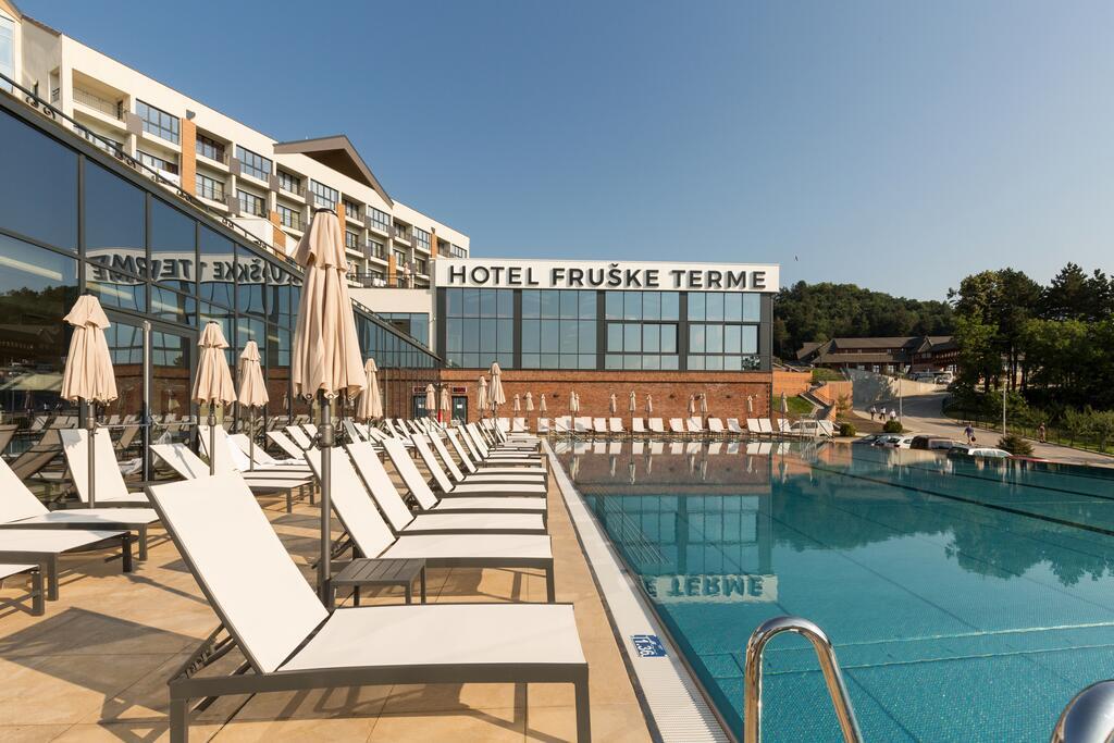 Banje,Banja Vrdnik, smeštaj, Hotel Resort Fruške Terme, bazen
