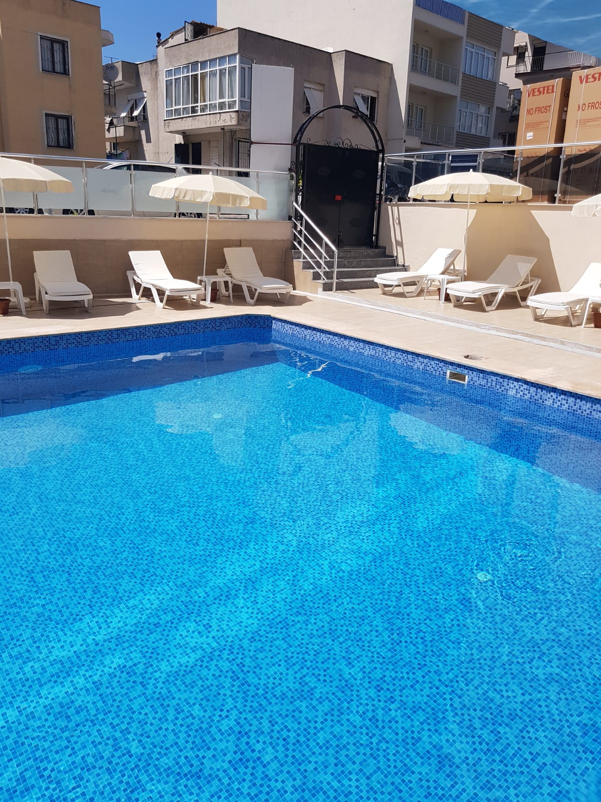 Letovanje Turska autobusom, Kusadasi, Hotel Santur,izgled bazena