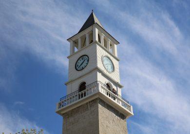 Putovanje Albanija, evropski gradovi, Tirana,sat