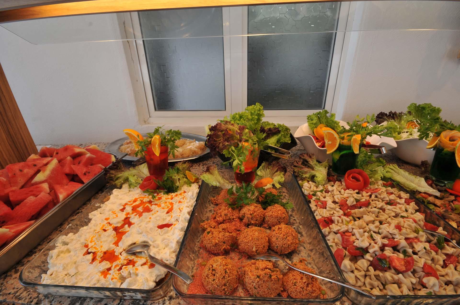 Letovanje Turska autobusom, Marmaris,Hotel Amos Marmaris obrok