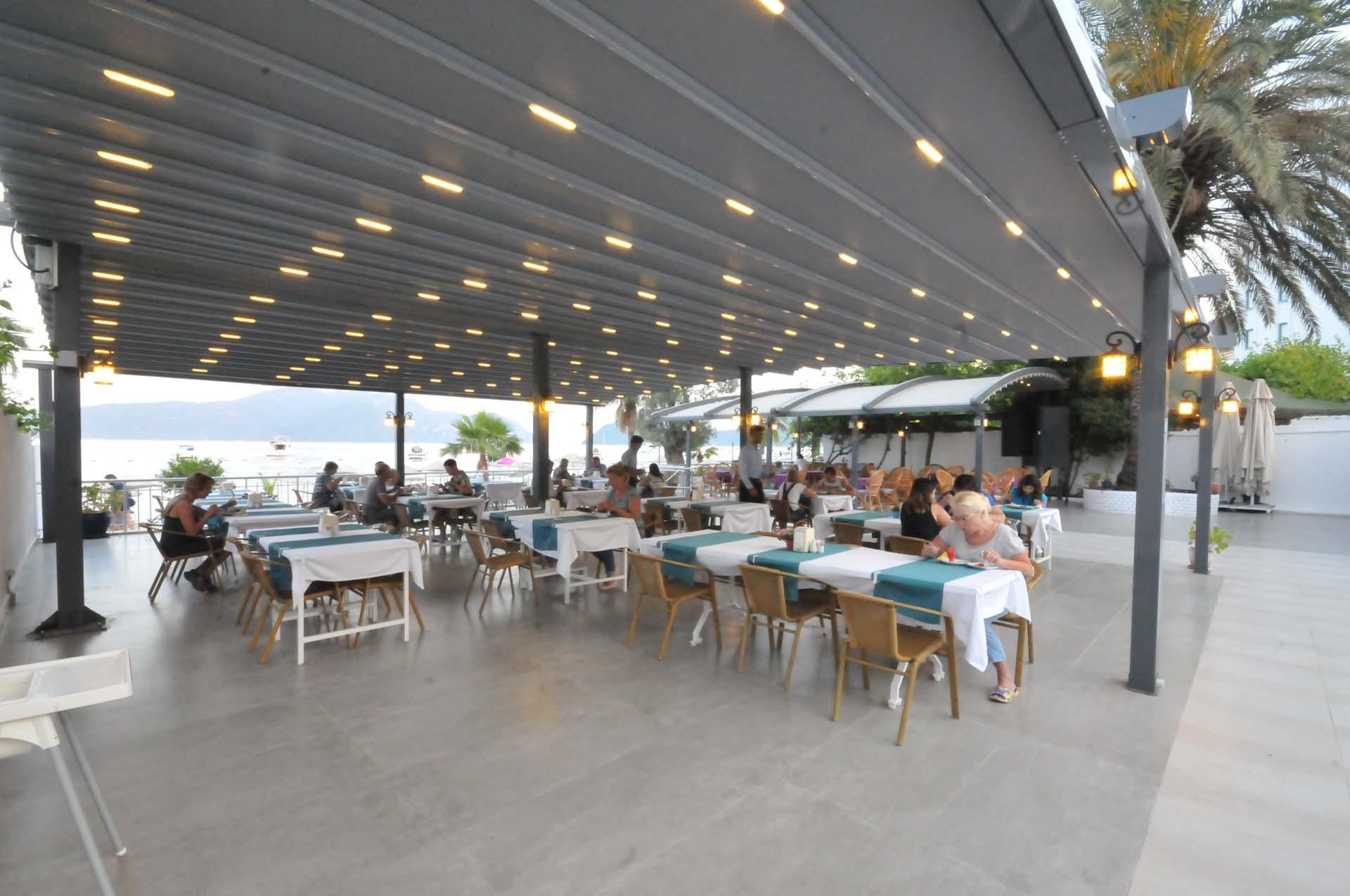 Letovanje Turska autobusom, Marmaris,Hotel Amos Marmaris bašta