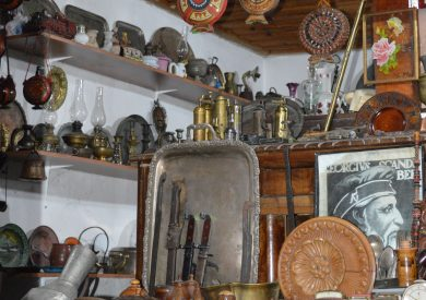Putovanje Albanija, evropski gradovi, Kruja, suvenirij