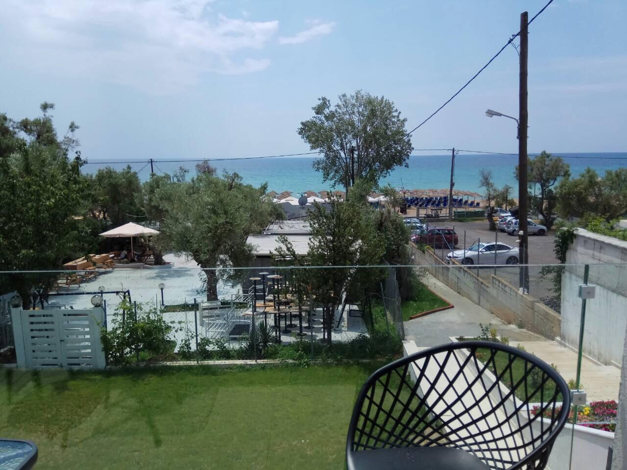 Grcka hoteli letovanje, Halkidiki, Nea Mudania,Katrin Luxury studios,pogled ka moru