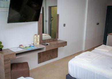 Grcka hoteli letovanje, Halkidiki, Nea Mudania,Katrin Luxury studios,deo porodične sobe