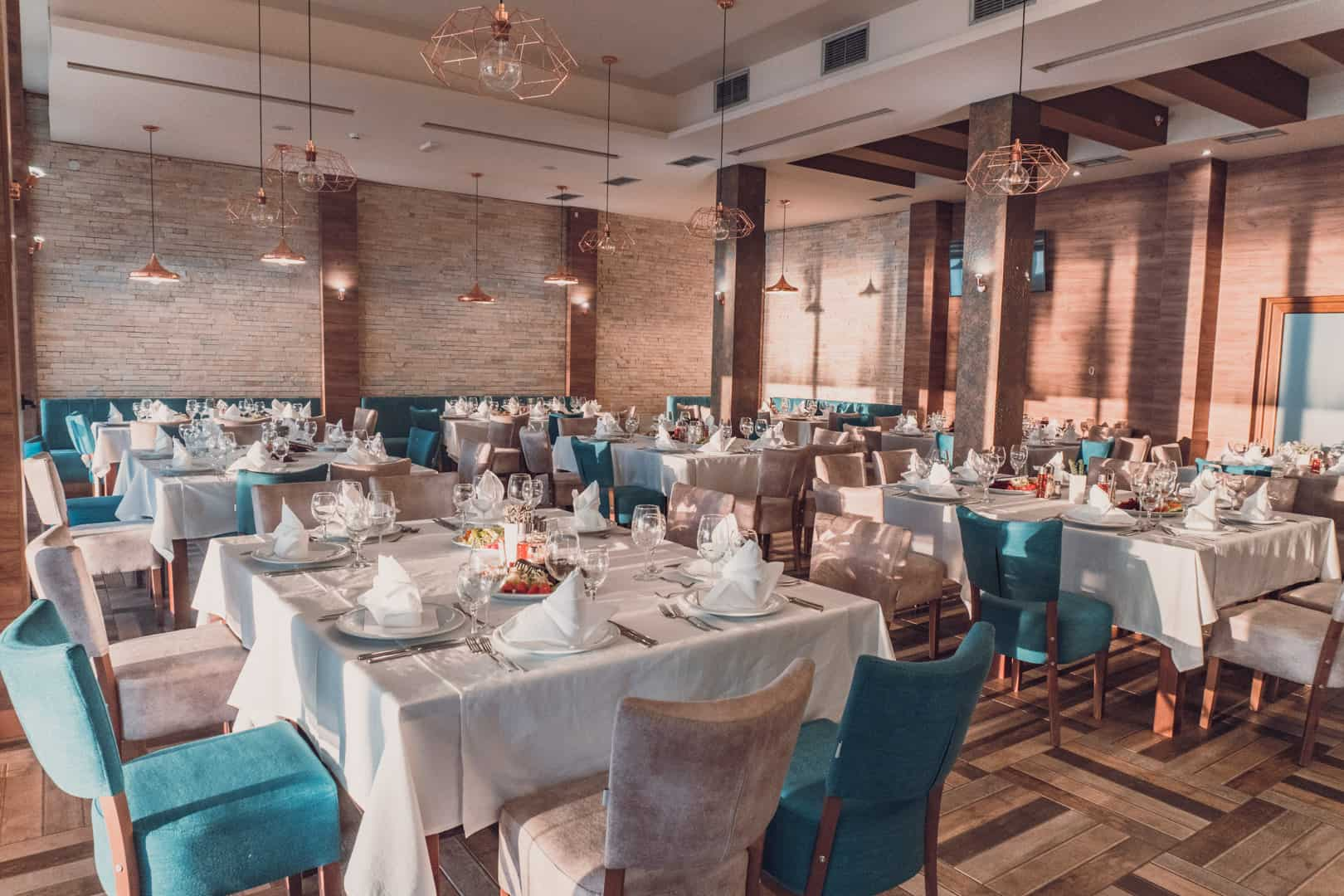 Putovanje Ohrid, evropski gradovi, hotel Aqualina, restoran