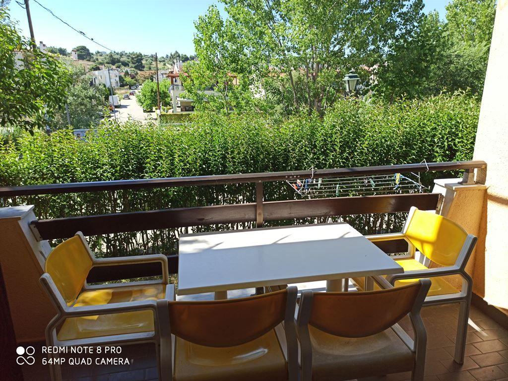 Grcka hoteli letovanje, Halkidiki, Siviri,Vila Sirtaki,pogled sa terase ka ulici