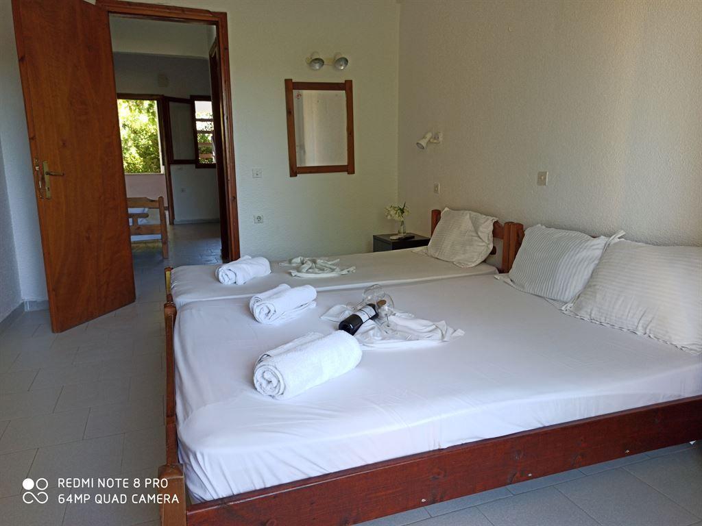 Grcka hoteli letovanje, Halkidiki, Siviri,Vila Sirtaki,pogled iz sobe