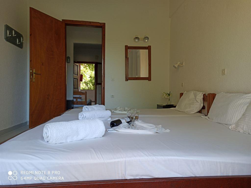 Grcka hoteli letovanje, Halkidiki, Siviri,Vila Sirtaki,izgled sobe