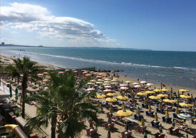 Leto Drač Albanija, letovanje Drac, široka peščana plaža 2