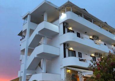 Letovanje Albanija hoteli, Ksamil, autobus, Hotel Muratii, eksterijer,
