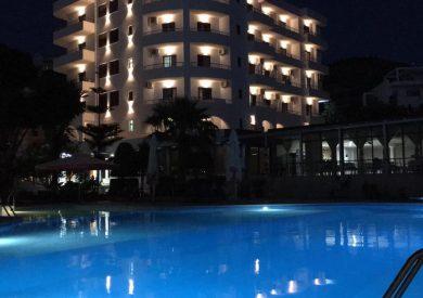 Letovanje Albanija autobusom, Saranda, hotel Mediterrane,eksterijer