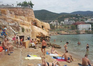 Edipsos banja, Evia apartmani, letovanje Pefki Grcka