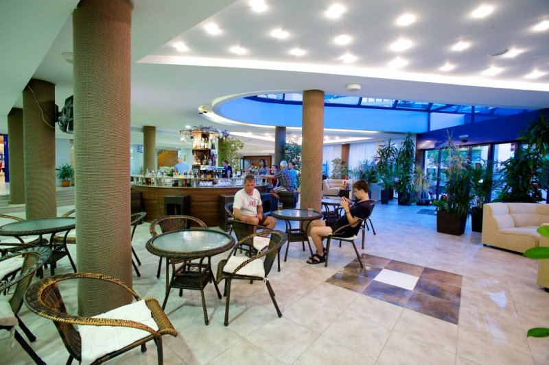 Letovanje Bugarska autobusom, Sunčev breg, Hotel Dunav, bar