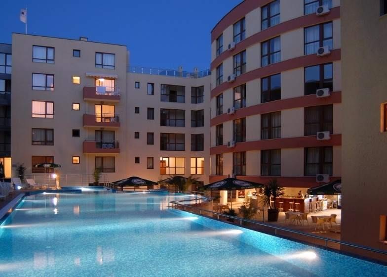 Letovanje Bugarska autobusom, Nesebar, Hotel Vigo, bazen na otvorenom