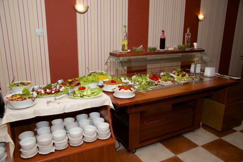 Letovanje Bugarska autobusom, Sunčev breg, Hotel Dunav, svedski sto