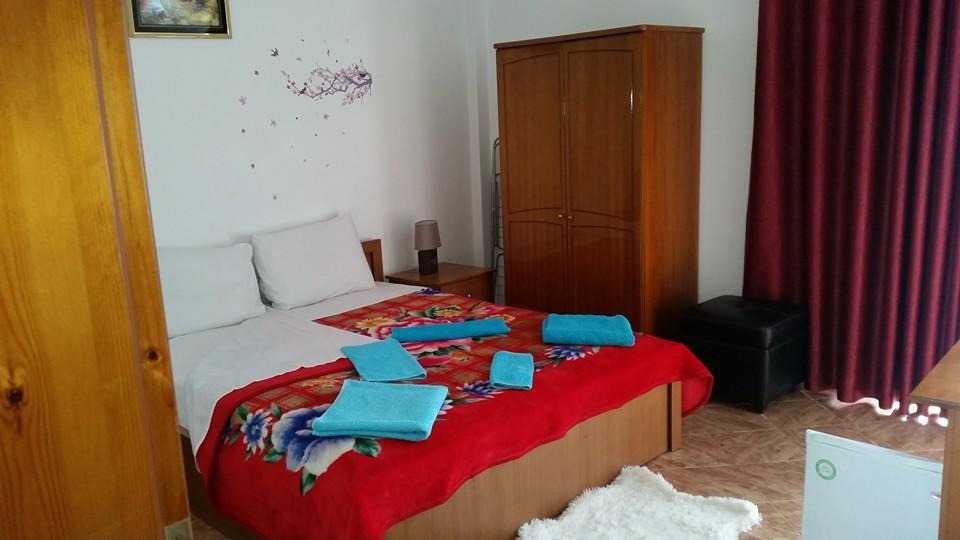 Letovanje Albanija hoteli, Ksamil, autobus, Hotel Joni, soba