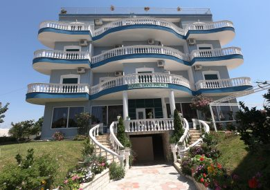 Letovanje Albanija hoteli, Ksamil, autobus, Divo Palace, eksterijer