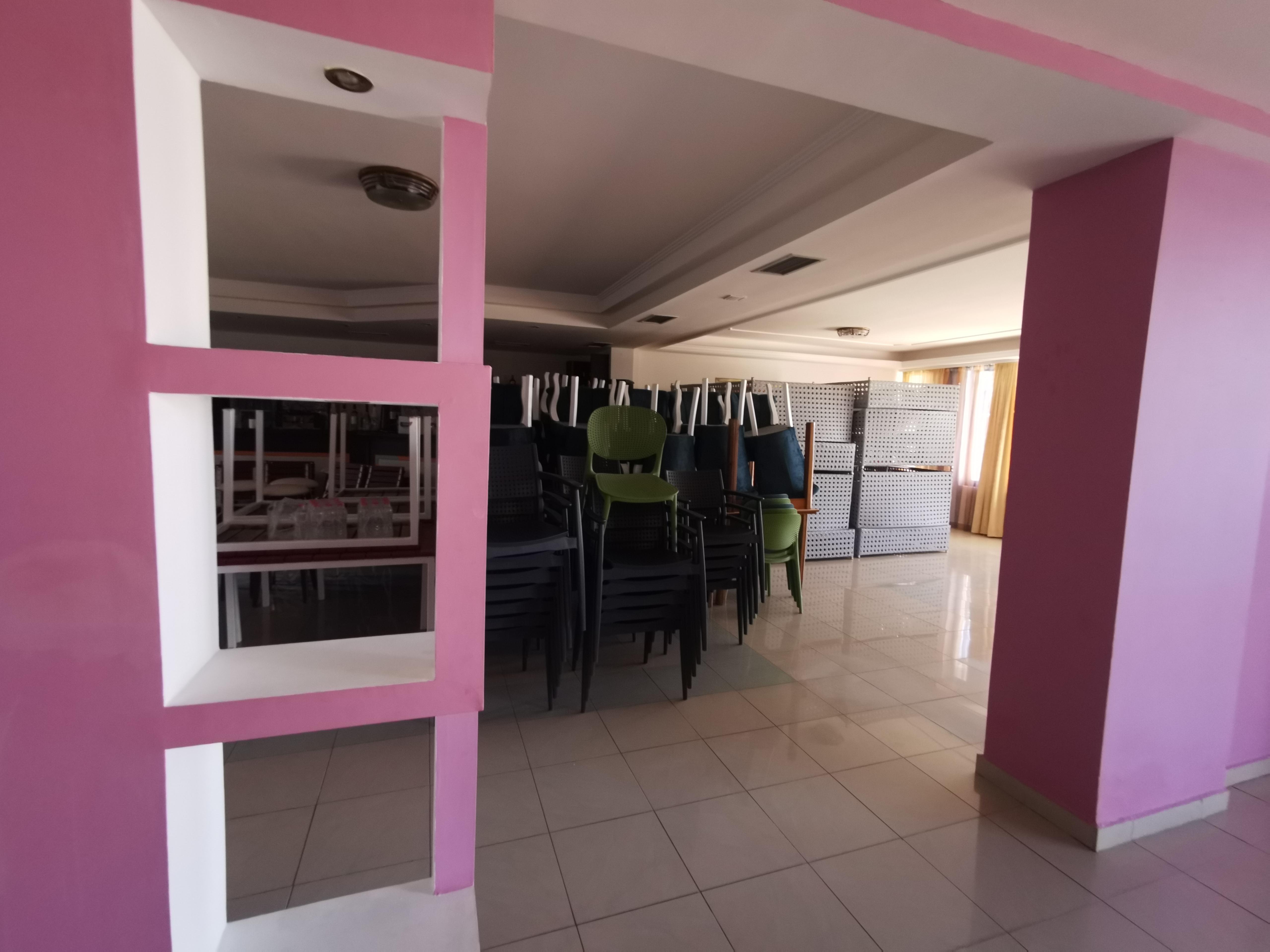 Letovanje Albanija hoteli, Saranda, autobus, Hotel Perla,restoran