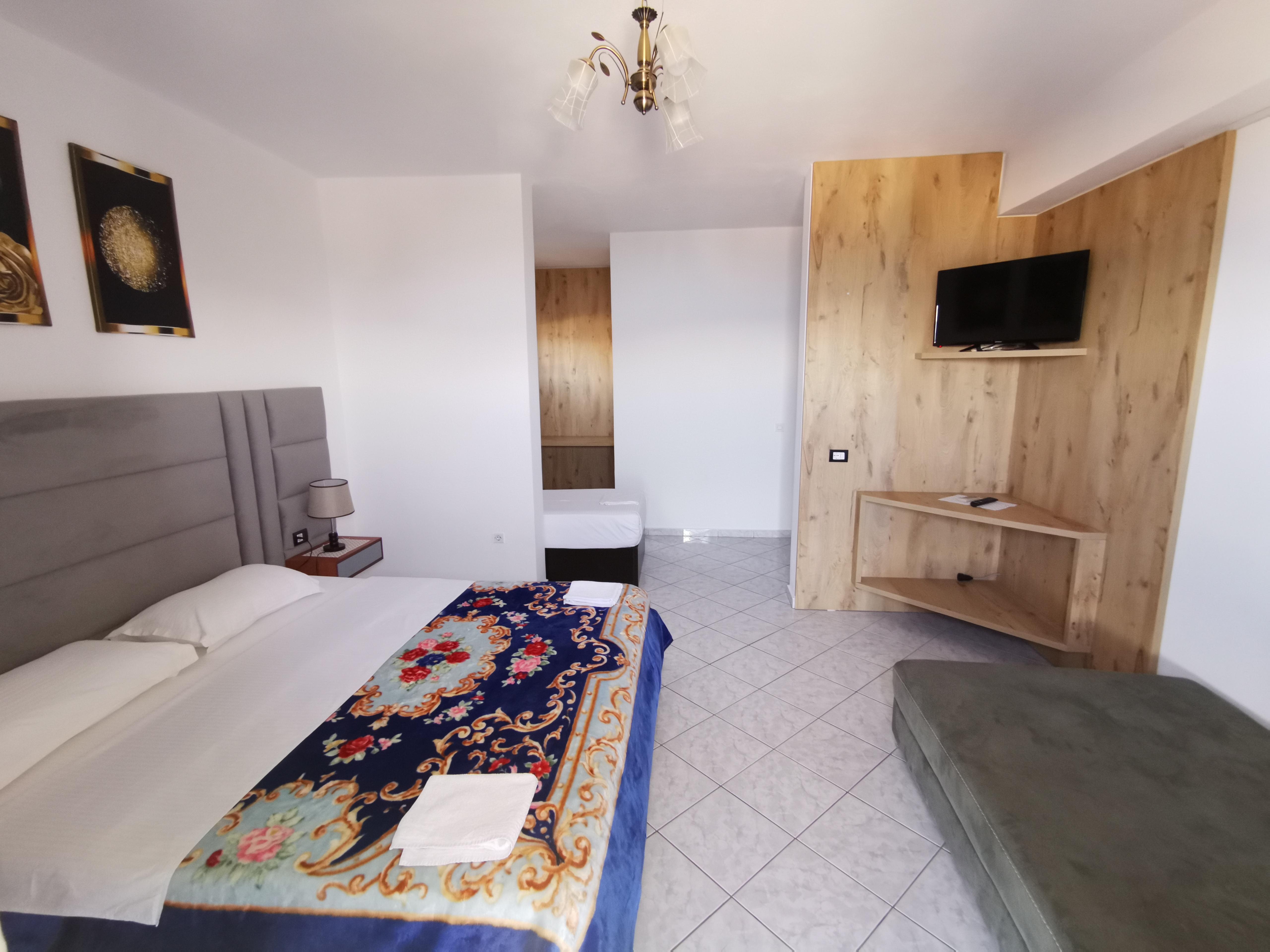 Letovanje Albanija hoteli, Saranda, autobus, Hotel Perla, soba sa dodatnim ležajem