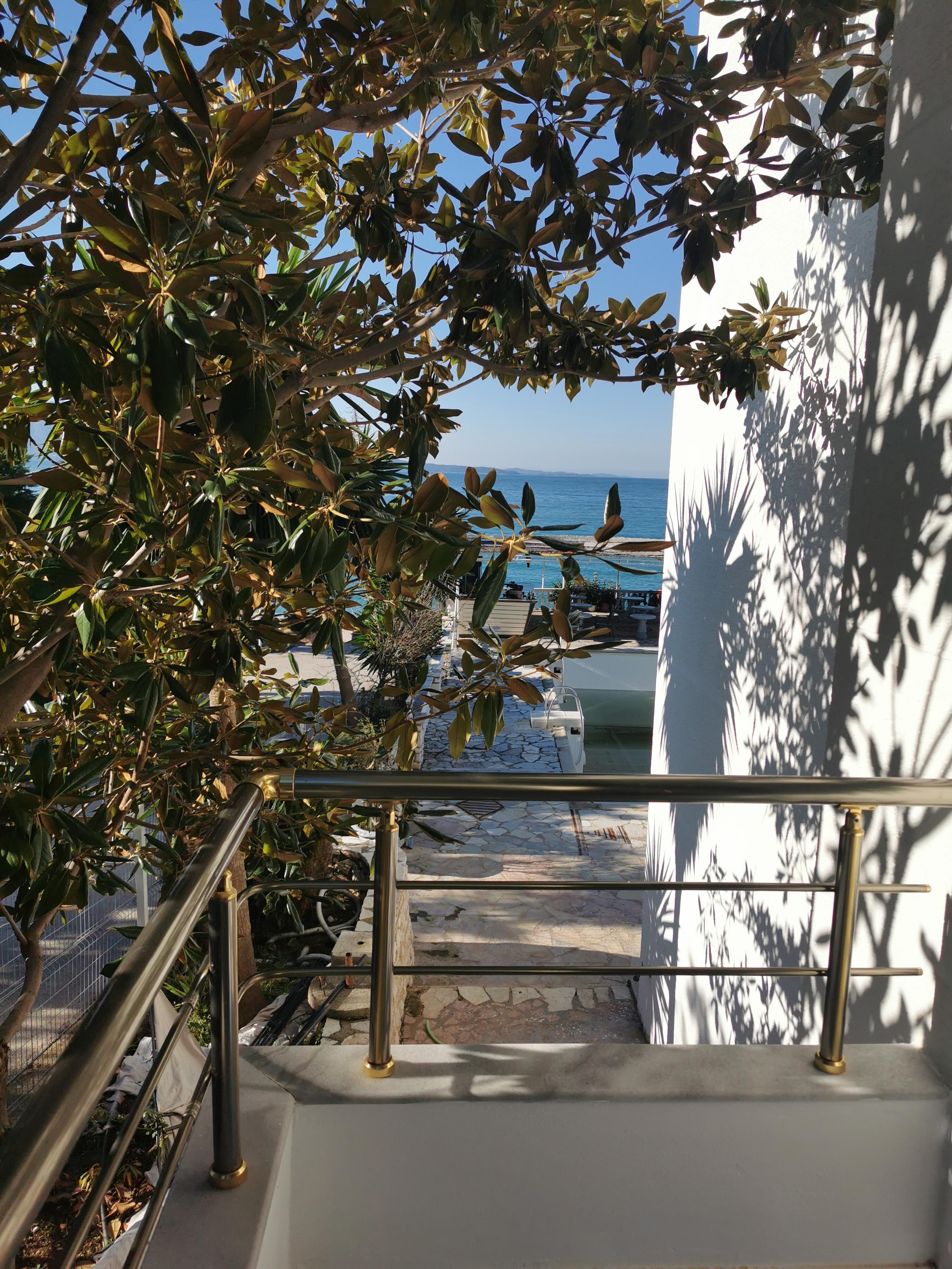 Letovanje Albanija hoteli, Saranda, autobus, Hotel Perla, pogled sa terase