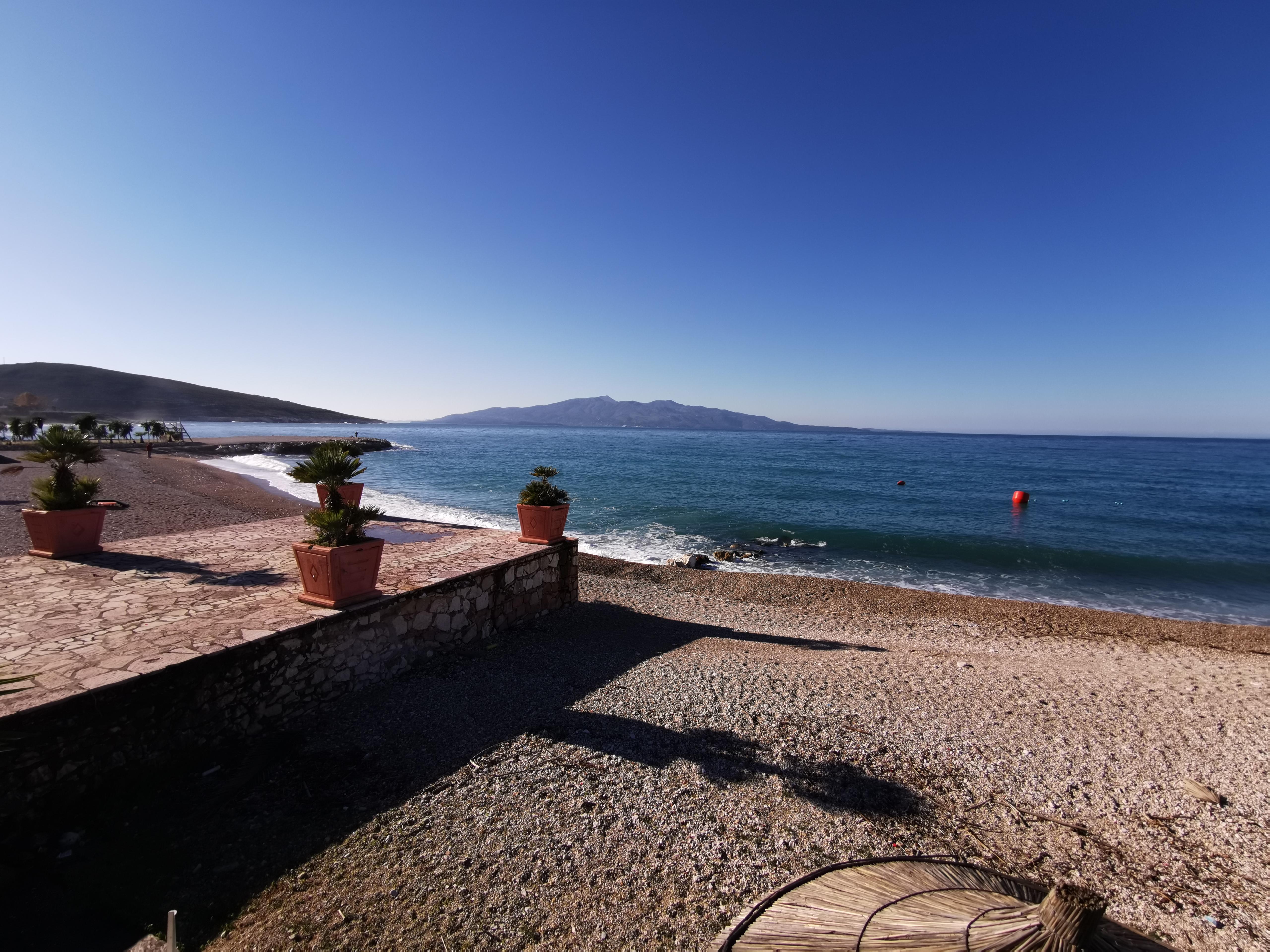 Letovanje Albanija hoteli, Saranda, autobus, Hotel Perla, pogled  na more