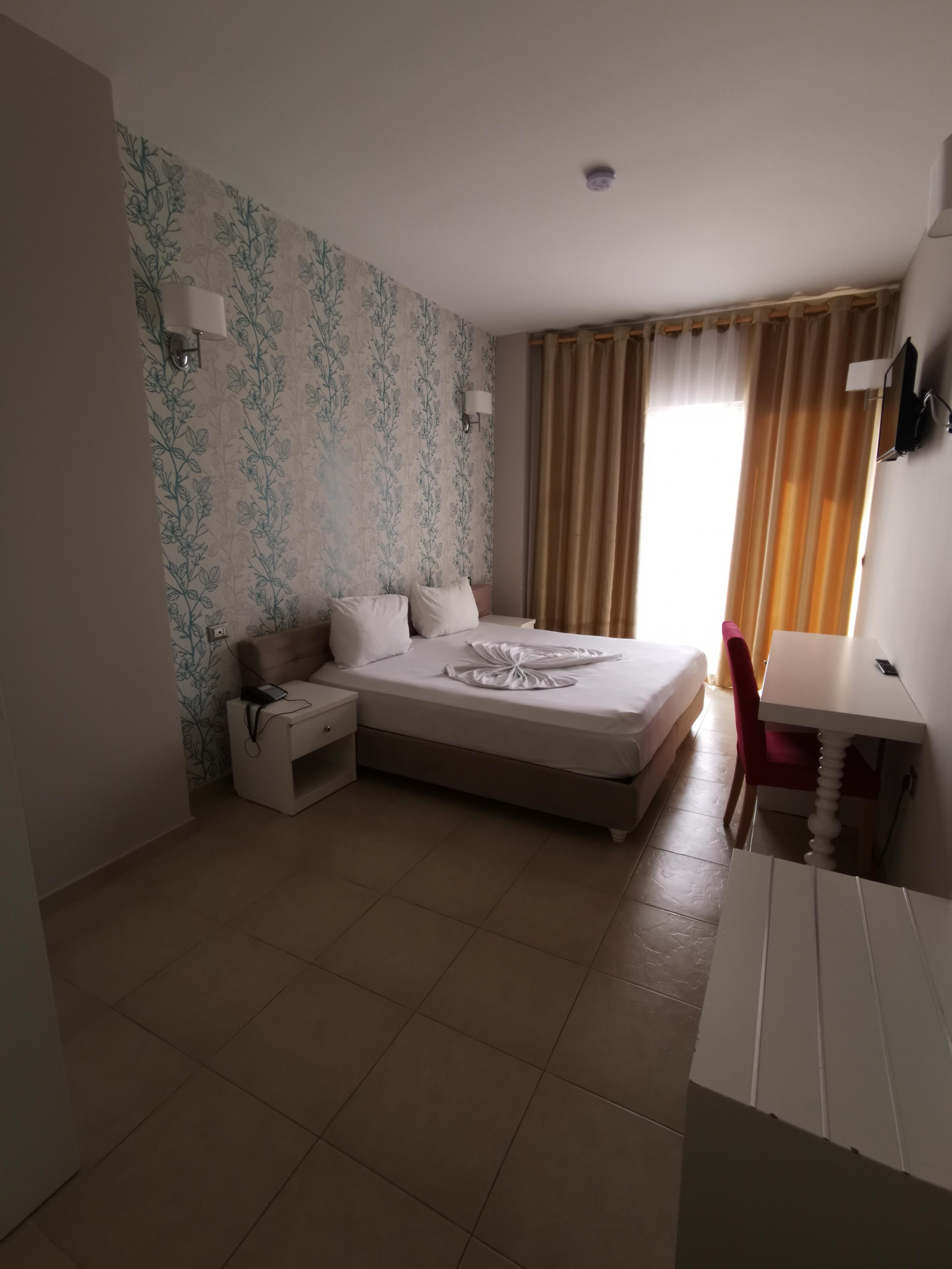 Letovanje Albanija autobusom, Drač Hotel Sun,izgled sobe