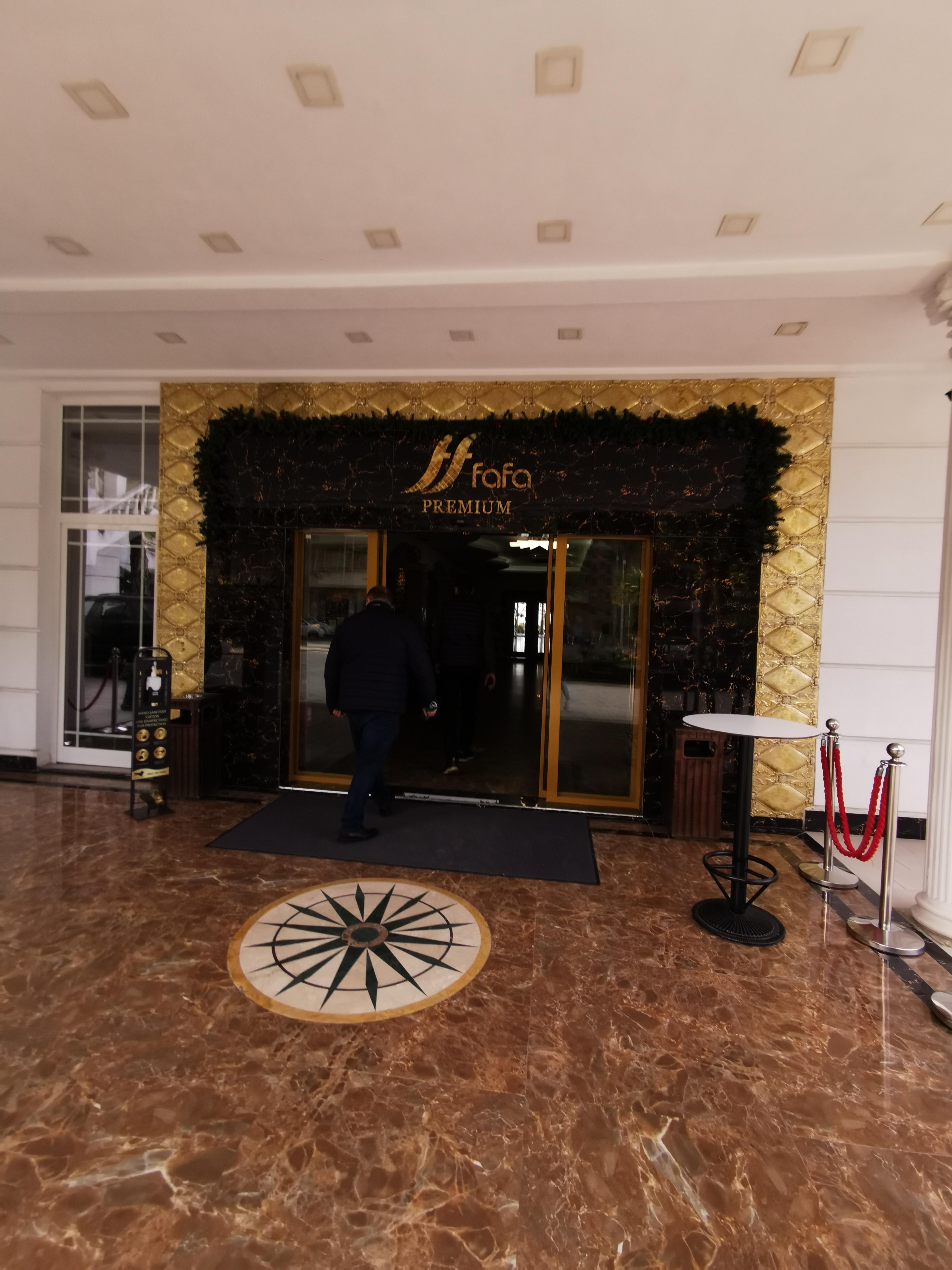 Letovanje Albanija autobusom, Drač, Hotel Fafa Premium,lobi