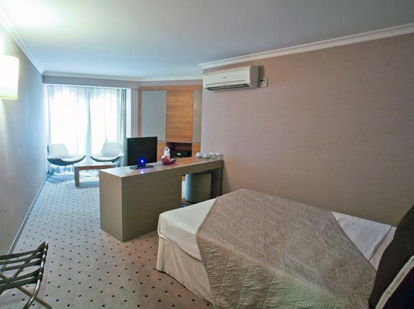 Putovanje Istanbul, evropski gradovi, hotel Klas,jedna od soba u hotelu