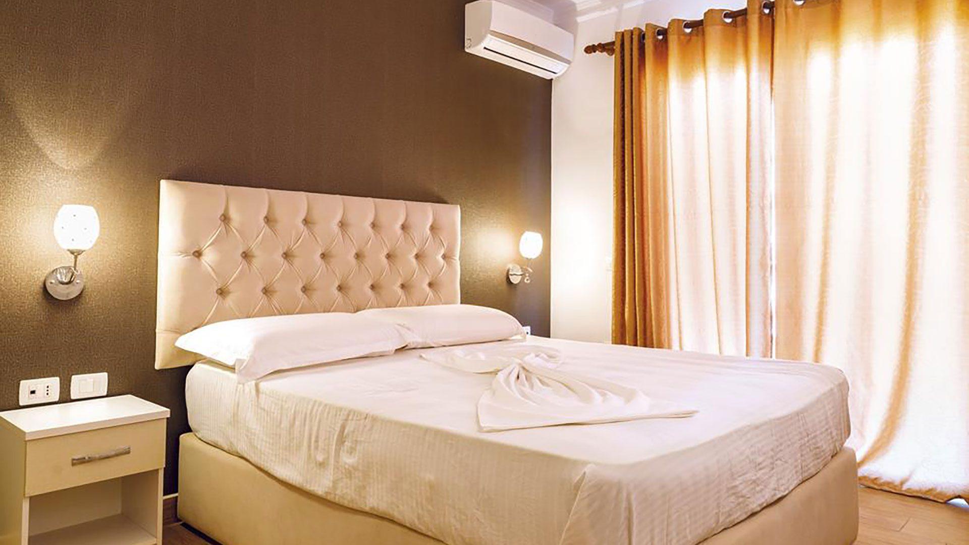 Letovanje Albanija autobusom, Drač, Hotel Mel Holiday, soba