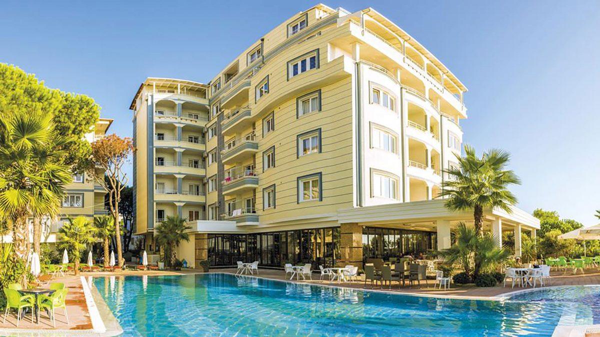 Letovanje Albanija autobusom, Drač, Hotel Mel Holiday, eksterijer