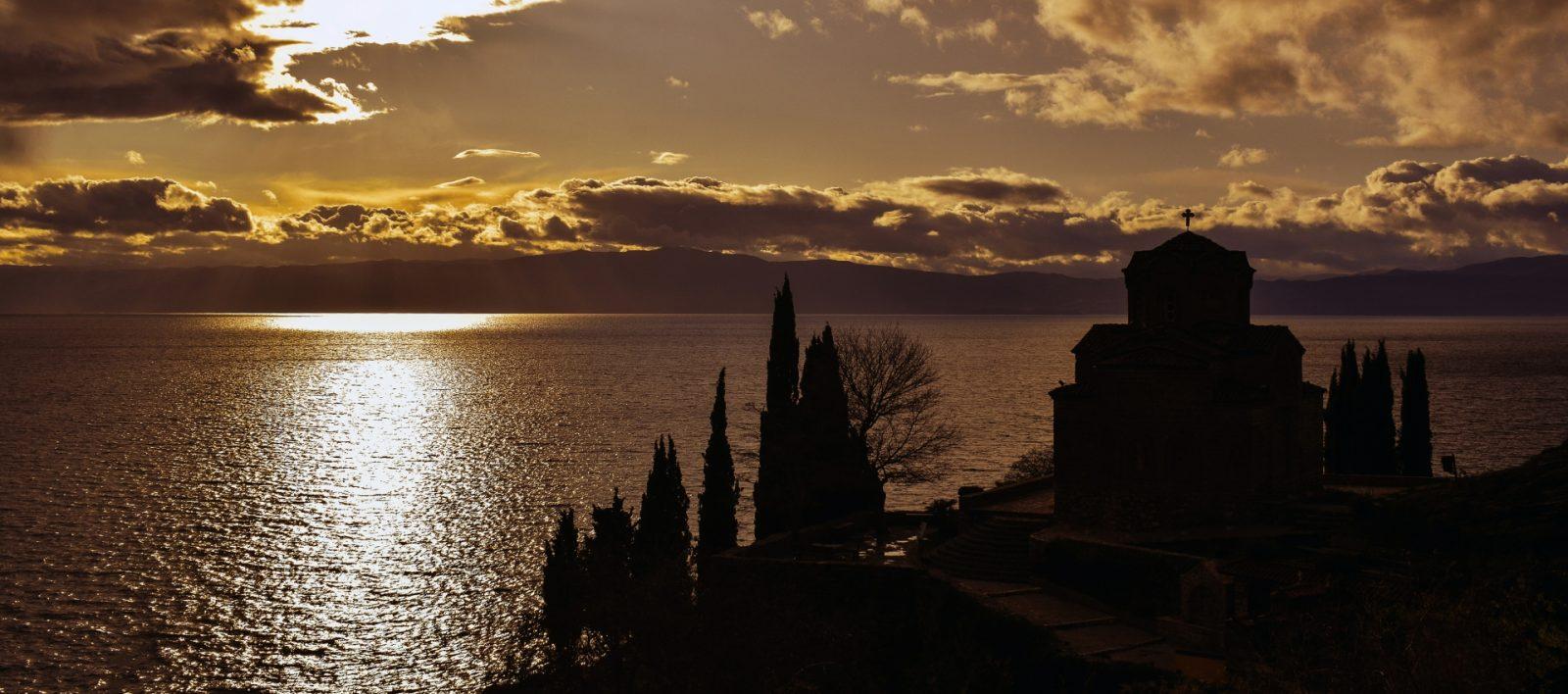 Put u Ohrid, crkva sv. Jovana - zalazak sunca