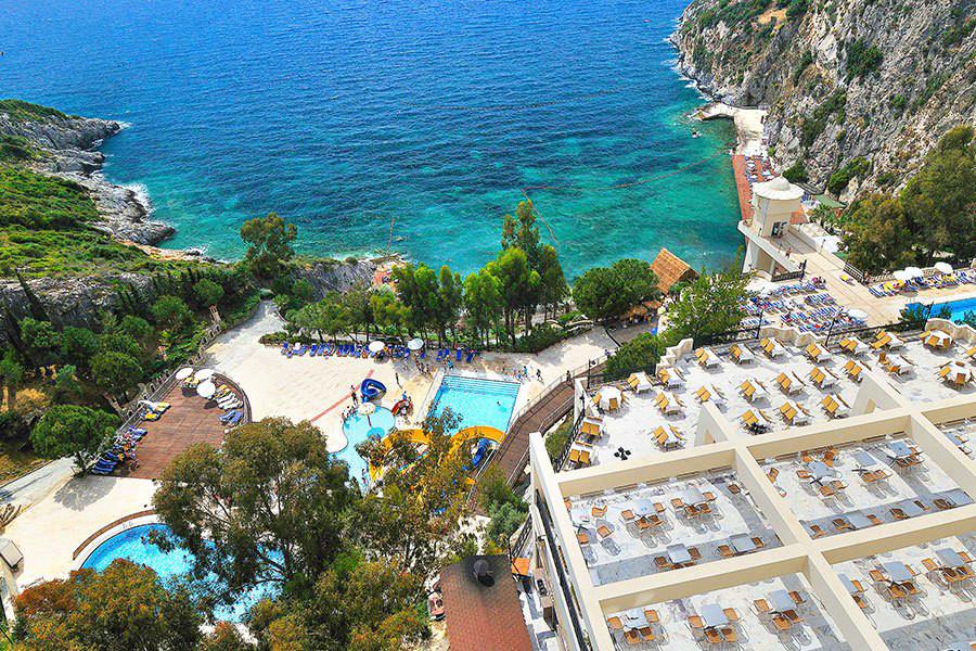 Letovanje Turska autobusom, Kusadasi, Hotel Adakule,pogled na bazene