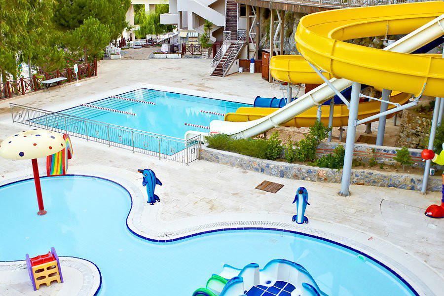 Letovanje Turska autobusom, Kusadasi, Hotel Adakule, mini aqua park