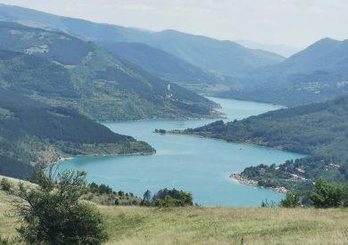Zavojsko jezero, Srbija reke i jezera smeštaj, hoteli Srbija