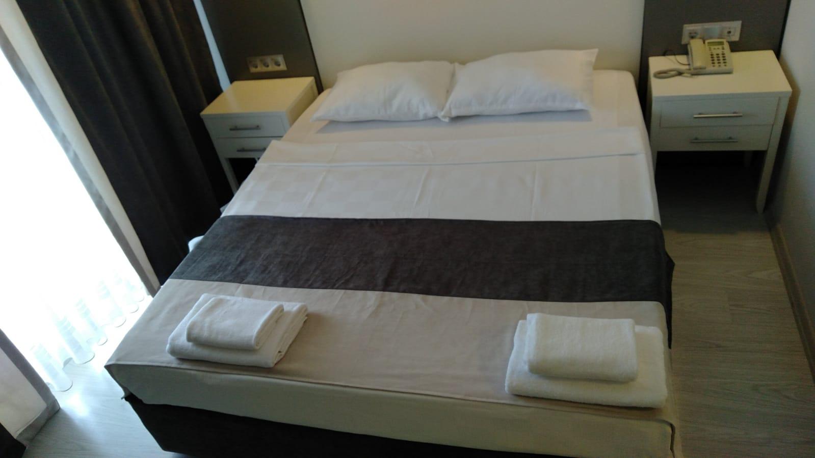 Letovanje Turska  autobusom, Kusadasi, Hotel Roxx Royal ex Santur, dvokrevetna soba u hotelu