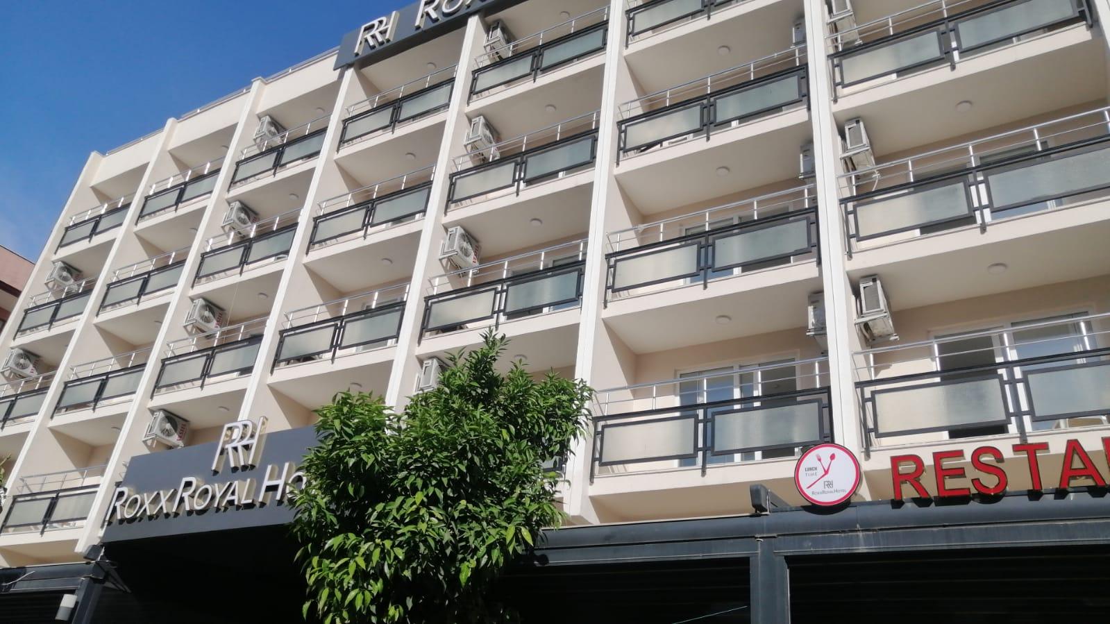 a autobusom, Kusadasi, Hotel Roxx Royal ex Santur,fasada