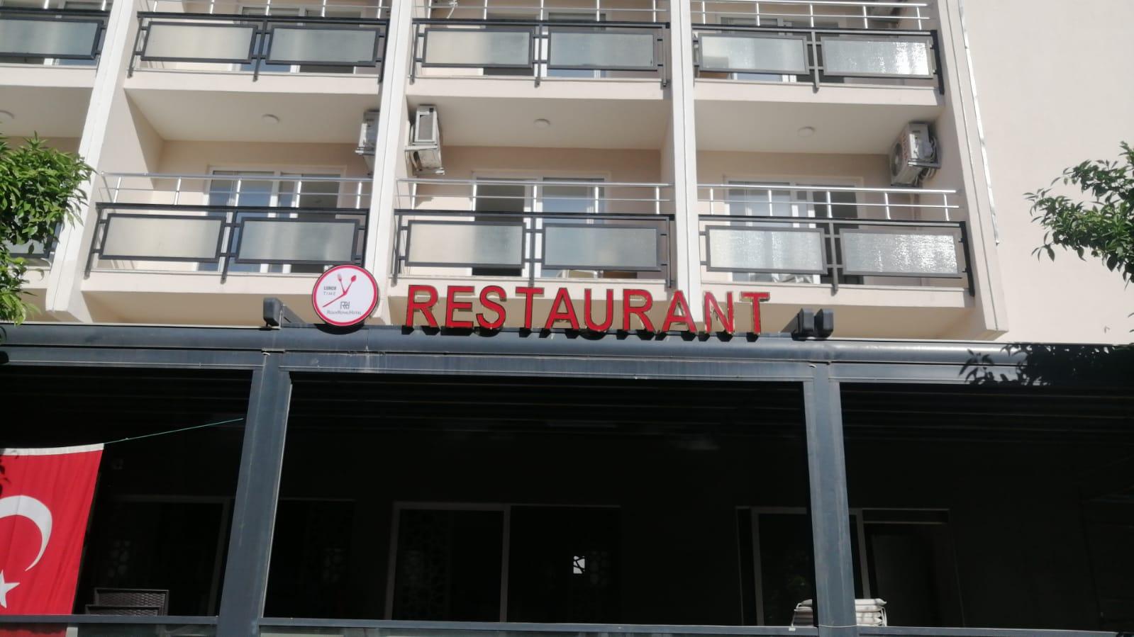 a autobusom, Kusadasi, Hotel Roxx Royal ex Santur,spolja