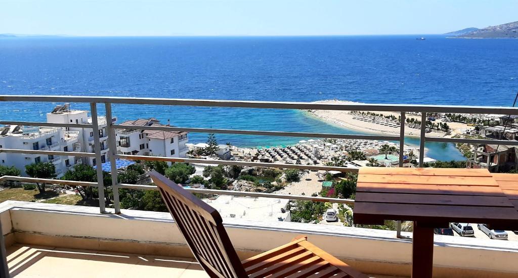 Letovanje Albanija hoteli, Saranda, autobus, Hotel Sunrise,pogled sa terase