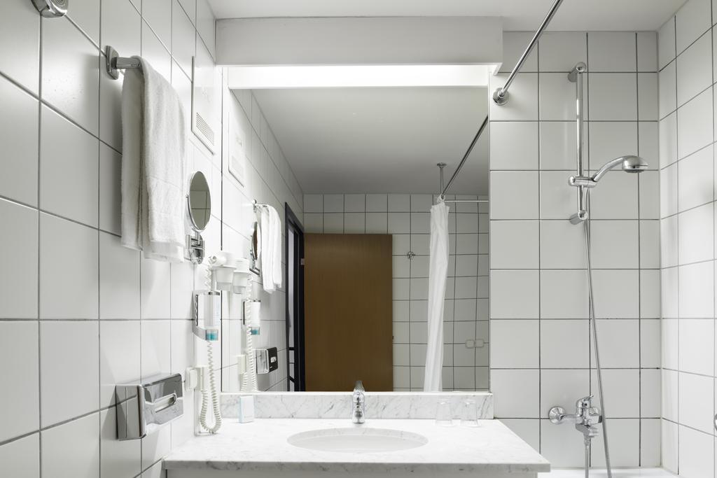 Putovanje Beč, evropski gradovi, hotel Arion city,kupatilo