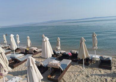 Polihrono, leto grcka halikidiki apartmani, plaža - ležaljke